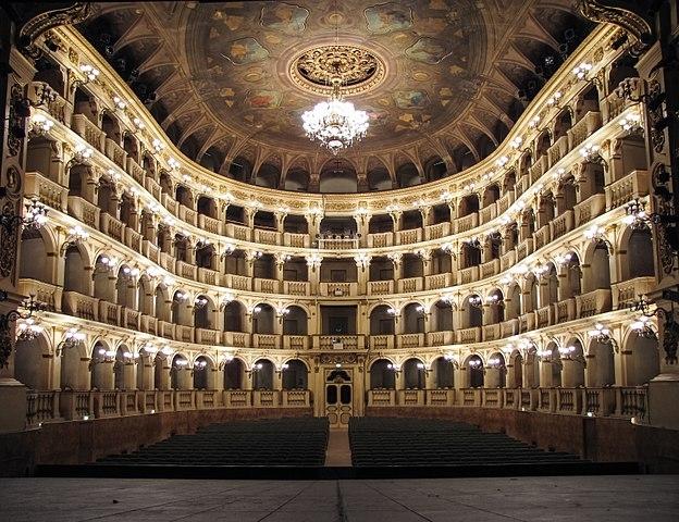 Bologna, Fondazione Teatro Comunale